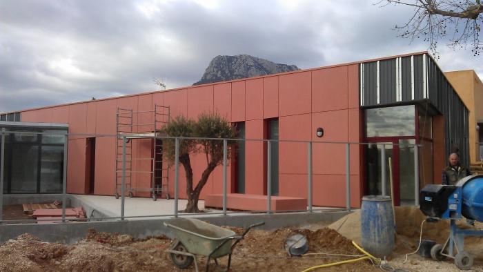 Construction dune crèche 40 enfants : IMAG0573